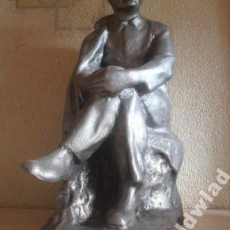 Скульптура Ленин в пальто,Нечастая