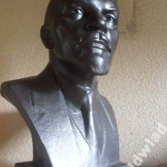 Бюст. В.И.Ленин. Ск. Завалов