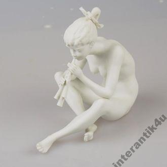 Фарфор статуэтка  фигура Германия KAISER  !!!