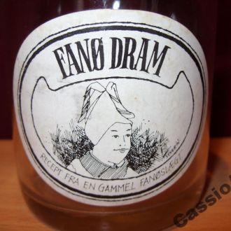 Стеклянная бутылка из-под сиропа Дания