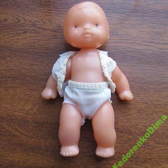 Пластмассовая кукла.СССР.