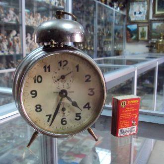 часы будильник гос трест точной механики