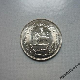 Иран 1 реал 1353  состояние в коллекцию