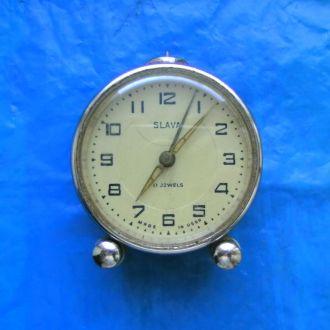 Часы-будильник Слава 17 камней