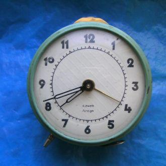 Часы-будильник Foreign 4 jewels