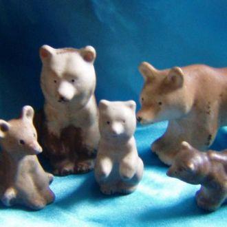 семья медведей. ЛОЗ.