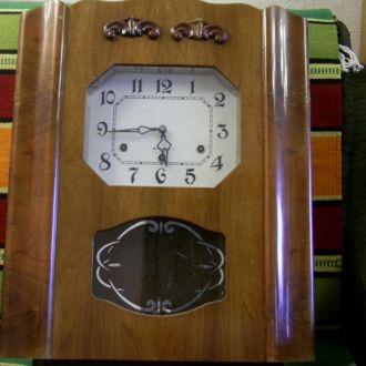 Часы настенные Янтарь с четвертным боем, СССР