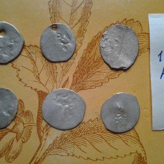 6 Серебрянных  средневековых арабских монет.