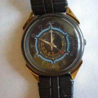 часы Луч будильник кварц рабочие