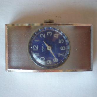 часы Чайка редкая модель рабочие сохран  2803