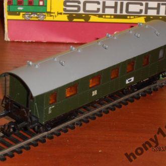 Пассажирский вагон Schicht H0 (1:87)