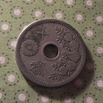 Япония монета 10 сен !