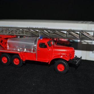 Модель АЛМ-32(157К) автолестн. 1:43 Vector-Models