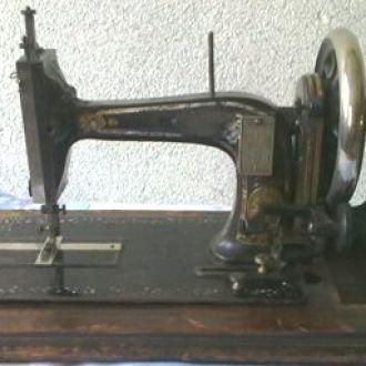 "Швейная машинка ""NAH-MASCHINEN"". RR"