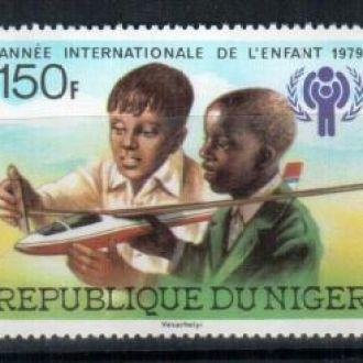 Нигер 1979 Дети Самолет  MNH