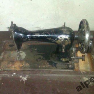машинка старинная швейная