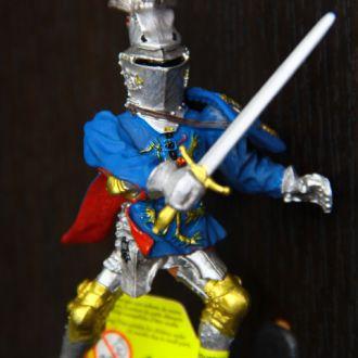 рыцарь  (PLASTOY) 75-80мм