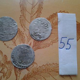 Серебрянные средневековые восточные монеты  3 шт.