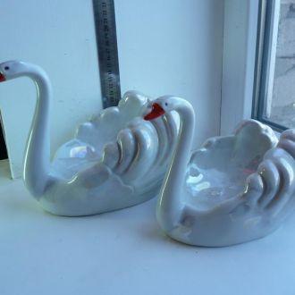 Лебеди, вазы, конфетницы. Киев.