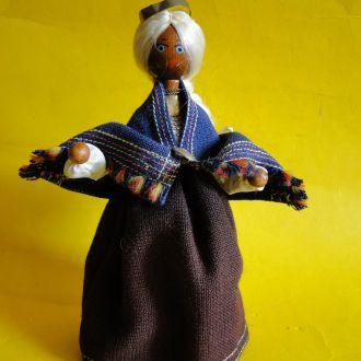 Кукла в национальной одежде 2