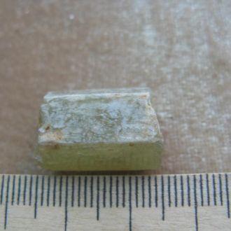апатит зеленый кристалл Мороко. Вес 43 кт