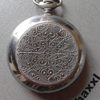 Часы Молния кварц