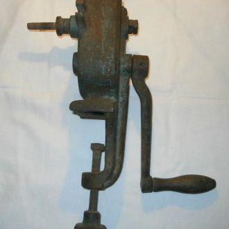 Старинный ручной инструмент