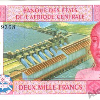Камерун 2000 франков 2002 г. в UNC из пачки