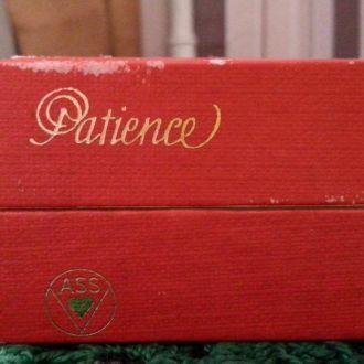 Карты в коробочке Patience ASS в отличном состояни