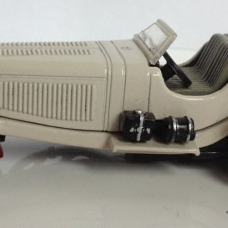 Mercedes SSKL Mille Miglia1931 R. Caracciola