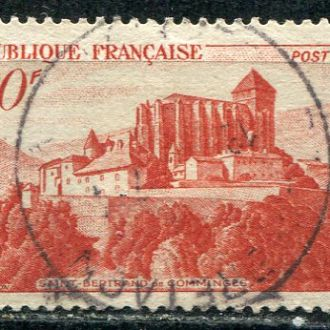 Франция Архитектура Замок в Сен Бертране гаш