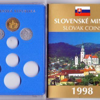 Словаччина Набір монет + жетон мон. двору  1998р.