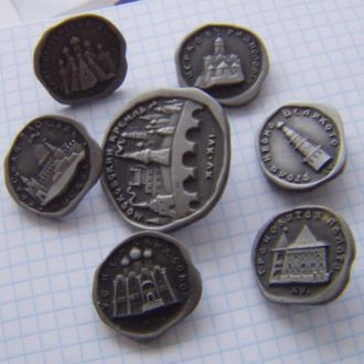 7значков с изображением Кремля 15-16века.