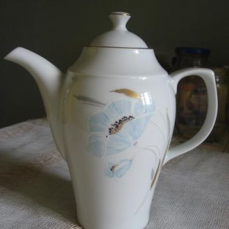 Кофейник  фарфор с элем. позолоты (ГЕРМАНИЯ 70-х)