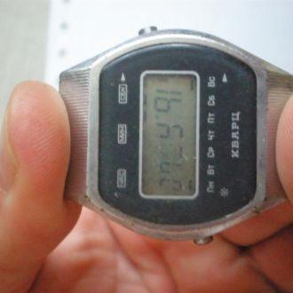часы Электроника 5 полурабочие 0701