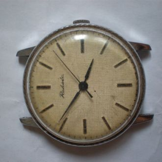 часы Ракета интересная модель 18042