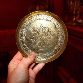 Настенная тарелка бронза