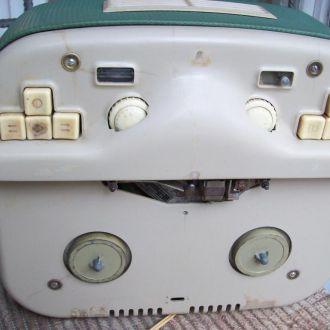 Магнитофон катушечный. бобинный RFT. Немецкий RRR