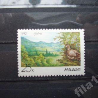 марка МОЛДОВА 1992 птица MNH