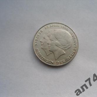 Нидерланды/Голландия 2,5гульдена 1980г
