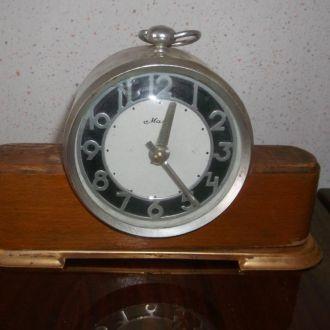 Часы,годинник Маяк.