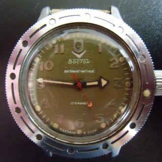 Часы  Восток Амфибия  СССР !! Отличные !!!