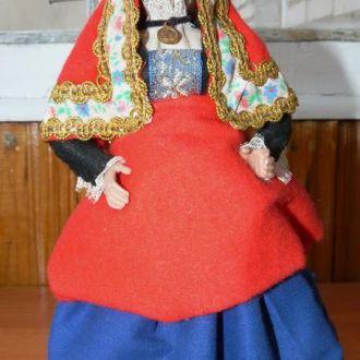 Кукла в национальном костюме Испания 20,8см
