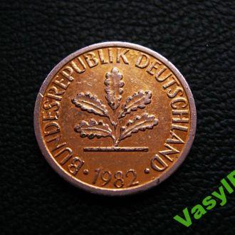 1 пфенниг 1982 F  Редкий! Покрытие золотистое!!!