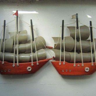 Корабли парусники 2 штуки одним лотом