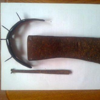 Топор  козацкий + ладивница +  шипы  для оружия