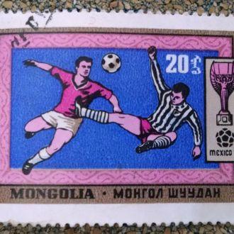 марки Монголия спорт футбол с 1 гривны