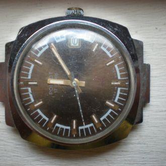 часы Полет интересная модель идут 12053