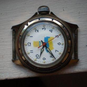 часы Восток типа командирских Украина 1002