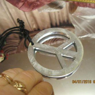 сувенир металлический значок знак цвет-серебро